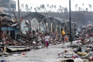 Typhoon-Yolanda-Photo-1-375x253