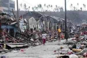 Typhoon-Yolanda-Photo-1-375x253